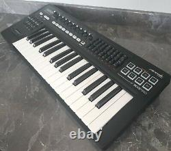 Roland A-300 PRO Midi Keyboard + USB Cable + (NO power supply) Tested GWC